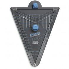 Доска для изготовления флажков Banner Punch Board, We R Memory Keepers, 662565